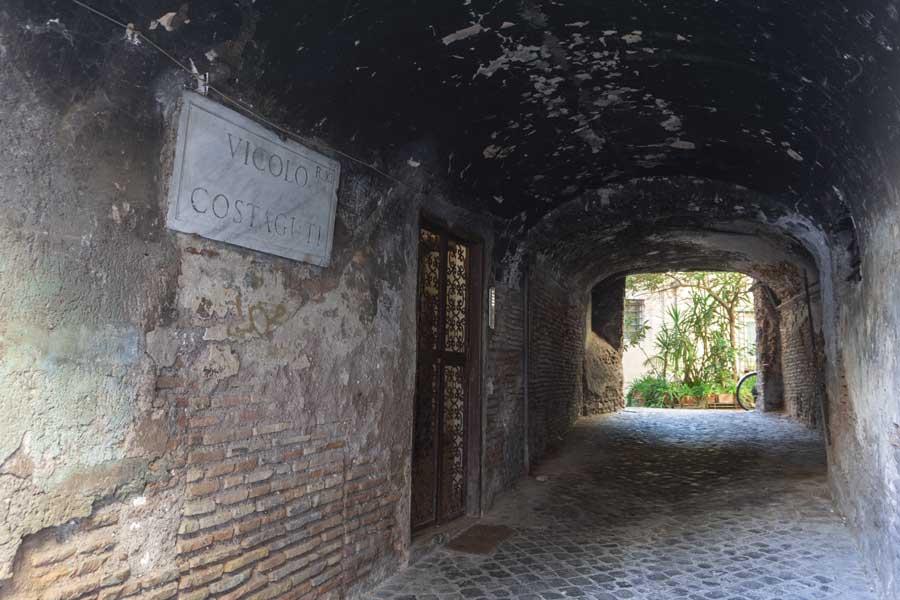 vicolo Costaguti al ghetto di Roma