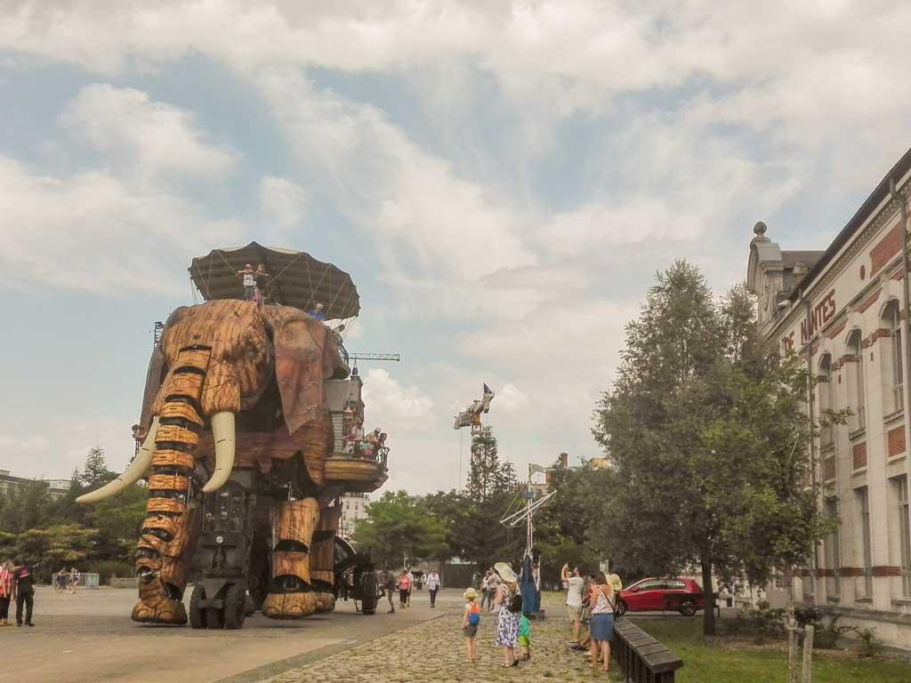 il grande elefante de Les Machines de l'Île a Nantes