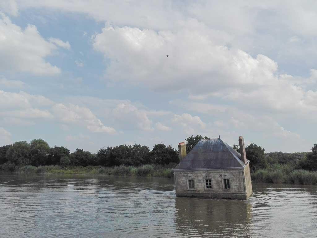 Le Voyage a Nantes: Jean-Luc Courcoult, La Maison dans la Loire