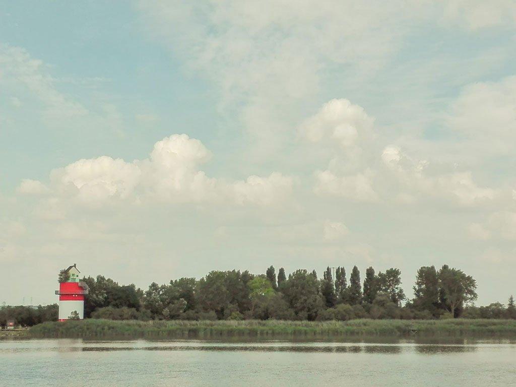 Le Voyage a Nantes: Tatzu Nishi, Villa Cheminée lungo l'estuario della Loira