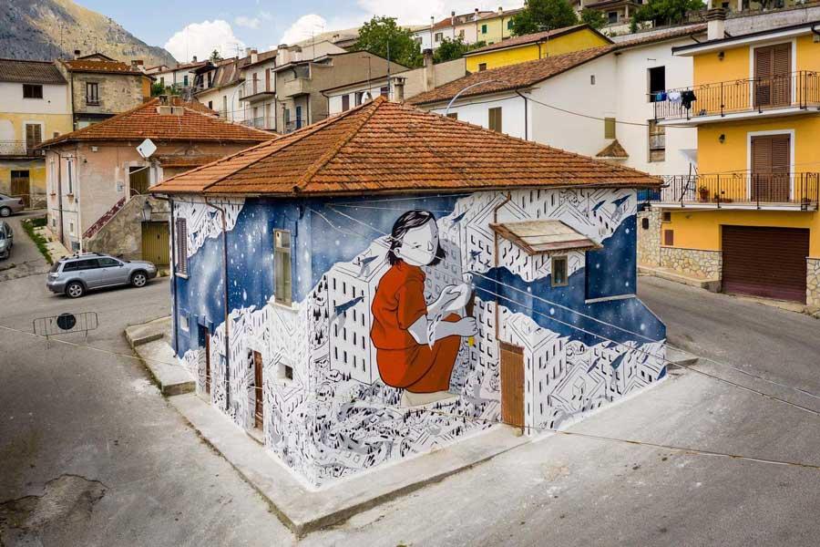 Arte urbana con il progetto Borgo Universo ad Aielli (Abruzzo)