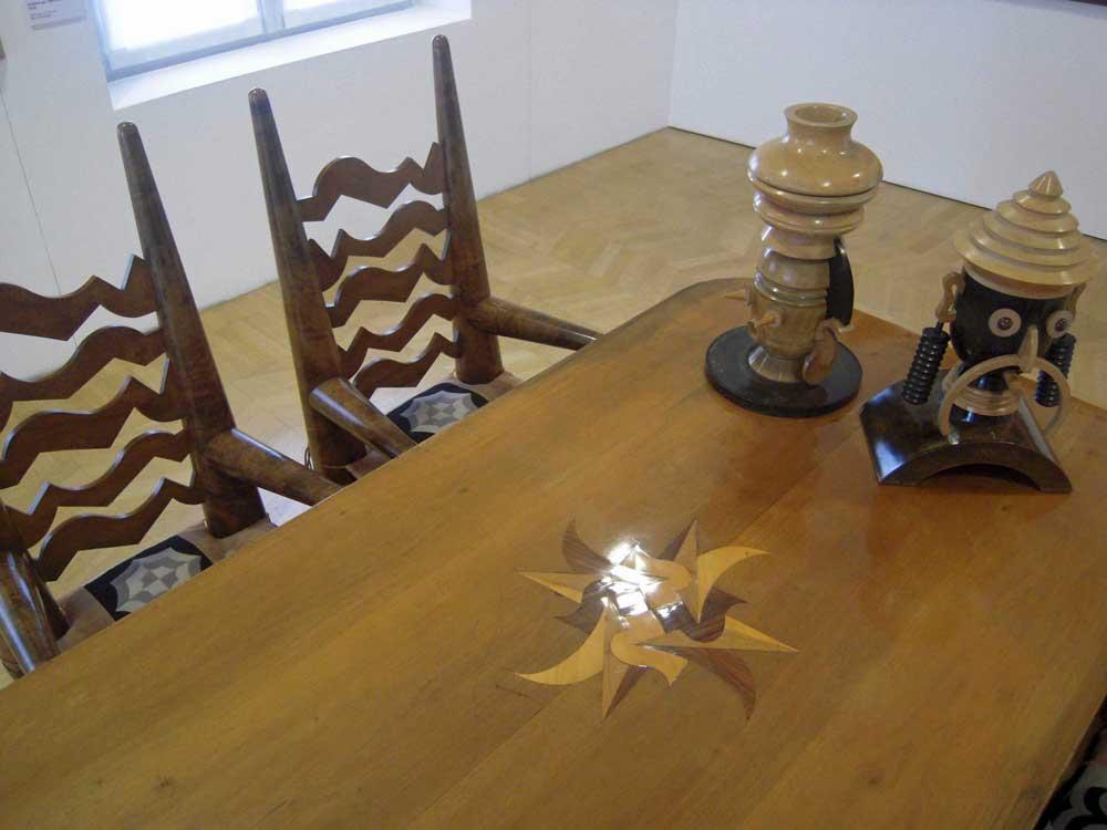 Arredo progettato da Fortunato Depero alla Casa d'Arte di Rovereto