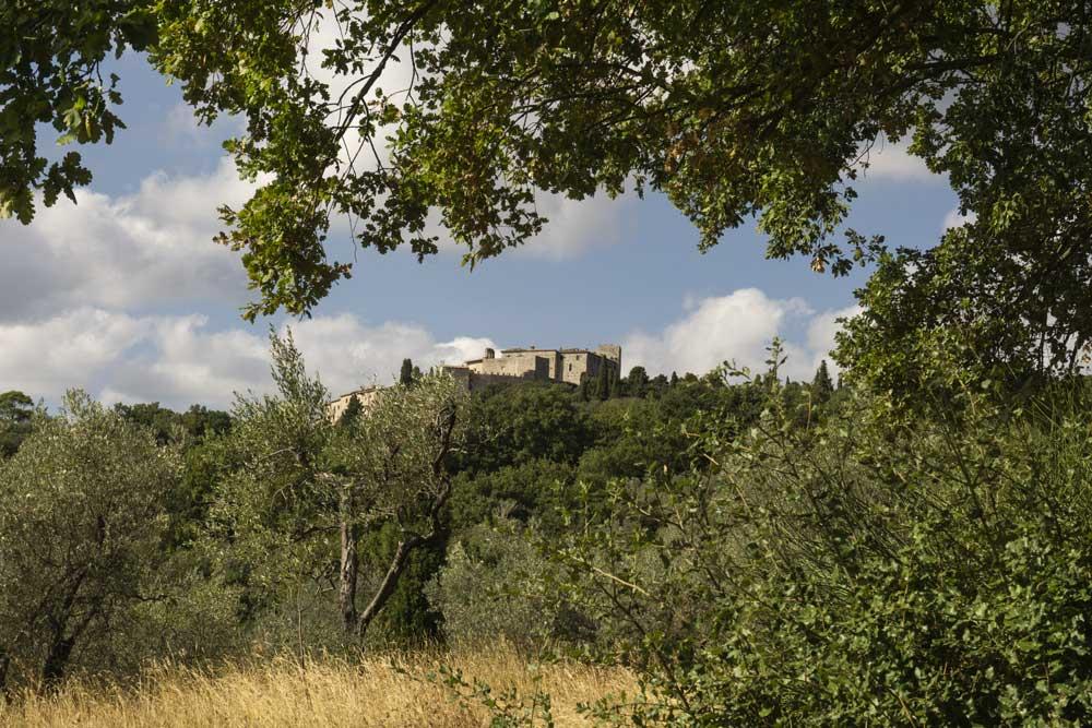 Castel del Poggio, Cammino dei Borghi Silenti